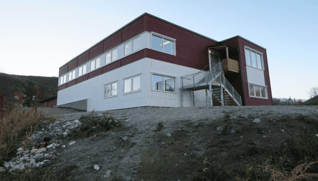 Ersfjordbotn skole, nytt tilbygg med ombygging i eksisterende bygg